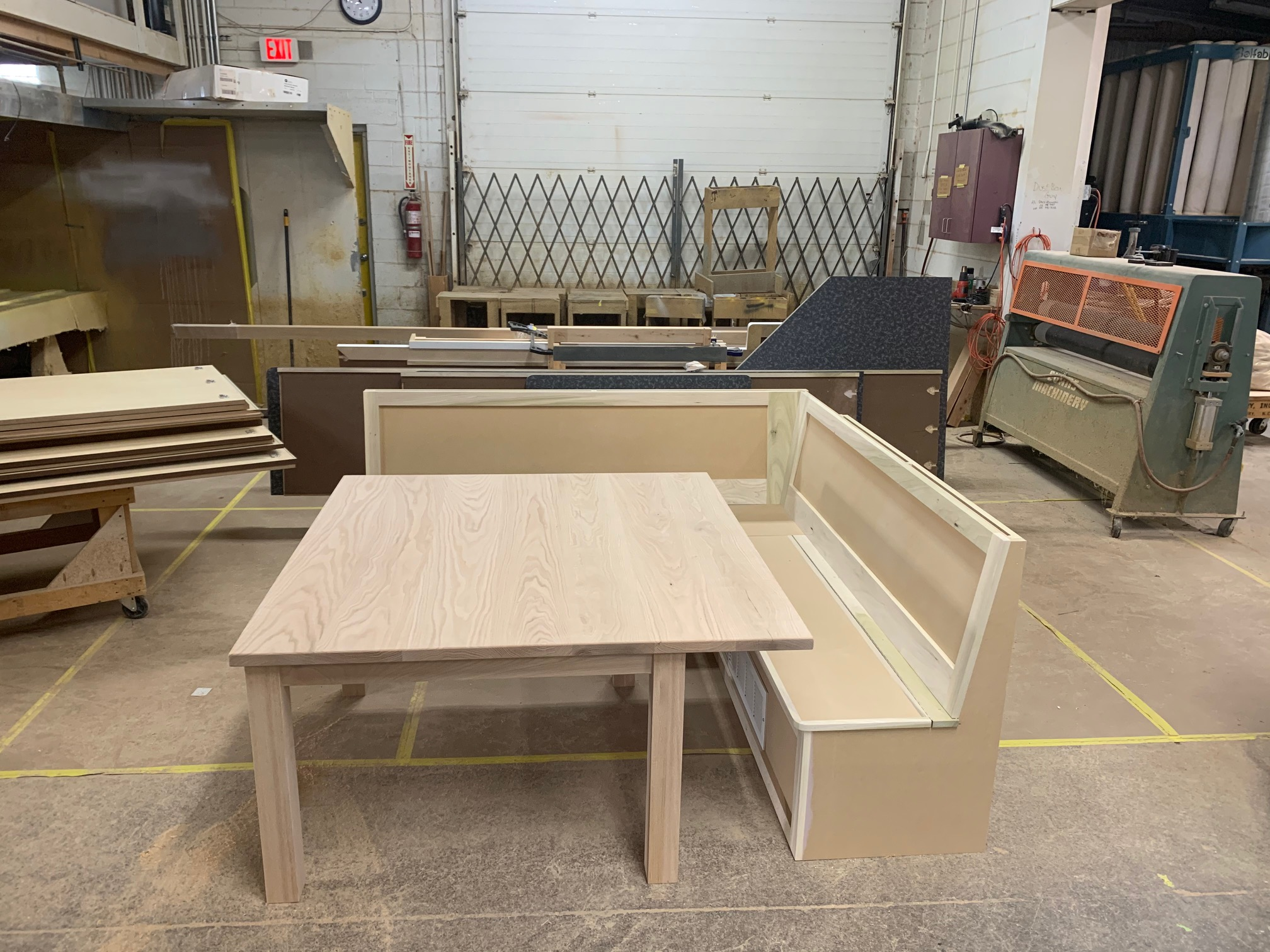 Custom Bench and Table Contractors